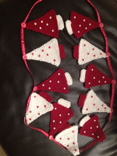 crochet pattern christmas tree bunting best 25 knitted bunting ideas on pinterest christmas