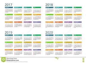Calendrier 2019 Et 2020 Calendrier Pour 2017 2018 2019 2020 La Semaine Commence
