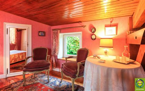 chambres d hotes issoire location de vacances chambre d h 244 tes montpeyroux dans