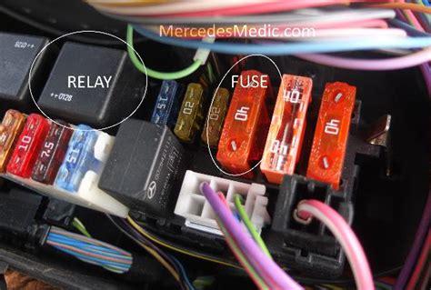 air suspension relay  fuse    mb medic