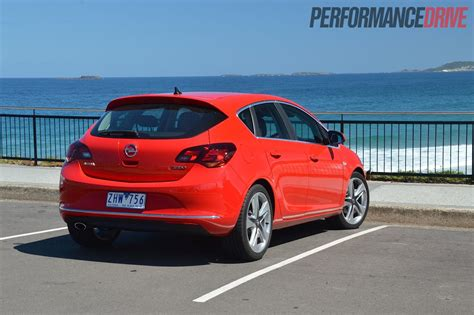 opel astra 2004 sport 2012 opel astra sports review performancedrive