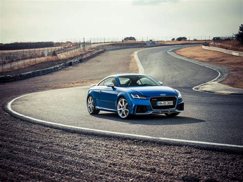 Audi Tt Rs Sound by 2017 Audi Tt Rs Acceleration Is Brutal And So Is The Sound