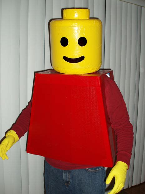 costume 13 clever diy 25 insanely clever costumes page 13 of 26 how to build it