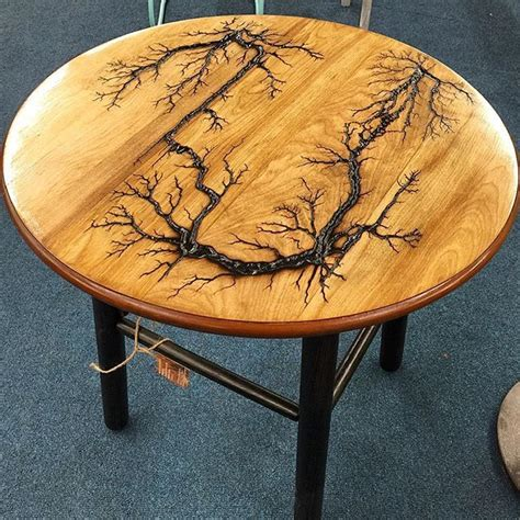 lichtenberg figures wood wood resin table woodworking