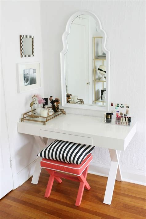 girls vanities for bedroom best 25 small vanity table ideas on pinterest small bedroom vanity small dressing table and