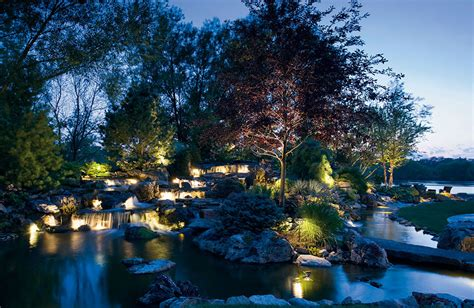 Landscape Accent Lighting Accent A Water Feature With Kichler Landscape Lighting