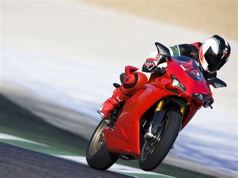ducati 848 bike girl hd wallpaper wide screen wallpaper ducati 1198 race 4209440 1600x1200 all for desktop