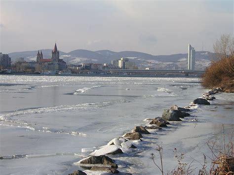 thames river frozen the frozen thames naked science forum