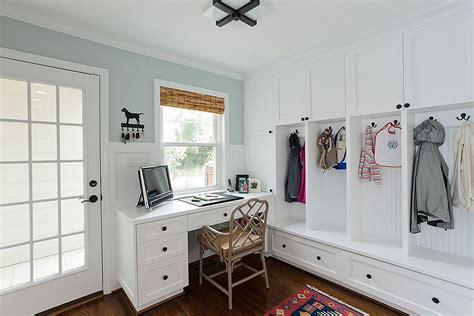 10 versatile mudrooms that as home workspaces