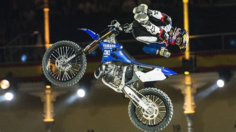Kaos Bull Moto X tom pag 232 s 1st place fmx run bull x fighters 2016