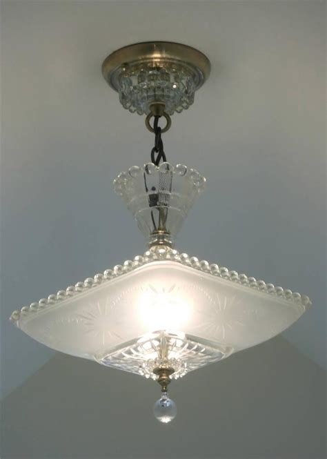 traditional ceiling light fixtures pinterest wall decor 28 best victorian queen anne revival homes images on