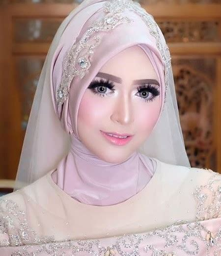 tutorial hijab natasya biodata natasha farani attamimi beauty vlogger indonesia