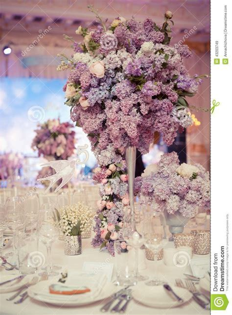 festive table decoration lilac colours wedding decorations