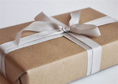 brown paper bag gift wrap 20 creative gift wrapping ideas decor charm decor charm