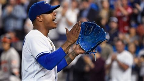 blue jays girls are all over canada 32 photos thechive marcus stroman strikes out 8 in blue jays 4 0 win over