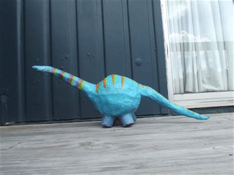 How To Make Paper Mache Dinosaur - 40 paper mache balloon diys guide patterns
