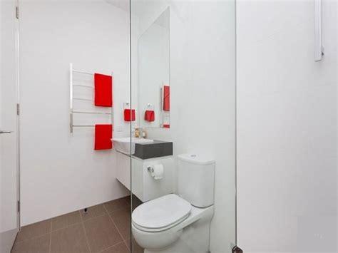 Come Arredare Un Bagno Piccolo Rettangolare by Soluzioni E Consigli Per Arredare Un Bagno Piccolo Casa It