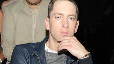 eminem beard 101 7 the one eminem is sporting a beard and the world