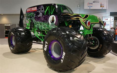 grave digger truck wiki grave digger 23 trucks wiki fandom powered by