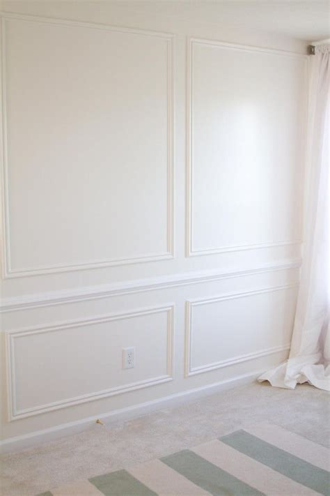 wainscoting chair rail molding 25 best ideas about picture frame molding on