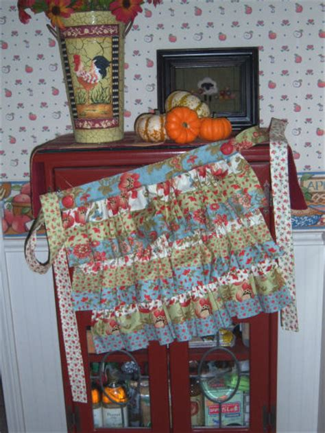 apron pattern using jelly roll the teacher s pet design jelly roll patterns