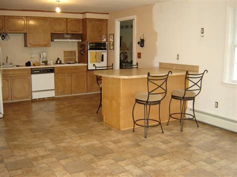 Modern kitchen with laminate flooring ideas   KITCHENTODAY