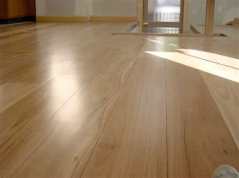 Which Finish Is Best On Hardwood Floor - synteko waterbase best hardwood floor finish