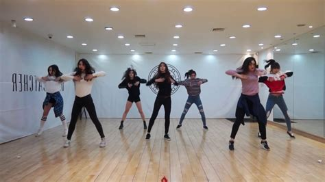 dreamcatcher dance practice dreamcatcher 드림캐쳐 chase me dance practice mirrored