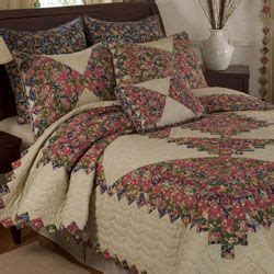 Jcpenney Quilts Bedding by Jcpenney Home Collection Quilt Set