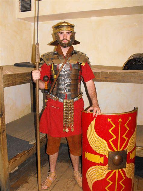 term meet  roman soldier