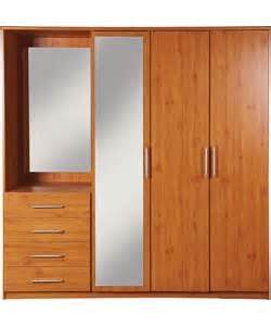 Wardrobe Fitment by Vancouver Wardrobes