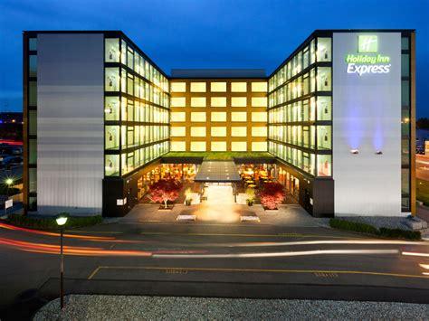 express hotel inn express z 252 rich airport hotel by ihg