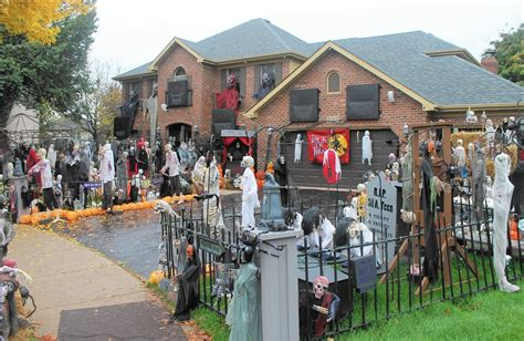 halloween house lights to music famous naperville halloween house goes dark naperville sun