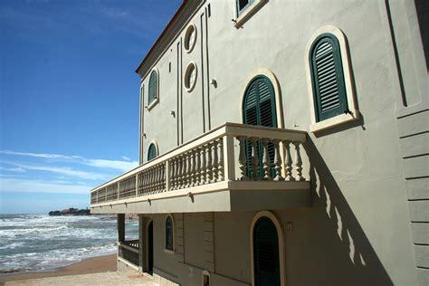 la casa di la casa di montalbano storia della villetta sul mare pi 249