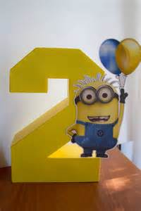 minions centerpieces 29 cheerful and easy minion ideas shelterness