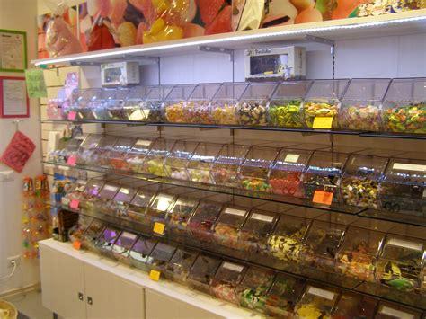 arredamento regalo negozio di dolciumi designed by intersystem www