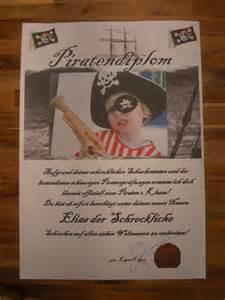 Muster Einladung Offiziell 220 Berall Nirgendwo Piraten Geburtstag Spiele