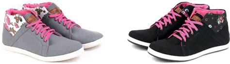 Sepatu Kets Cewek Korea Casual Warna Hitam Sekolah Kuliah sepatu kets wanita bertali ala korea sh 1124 terbaru