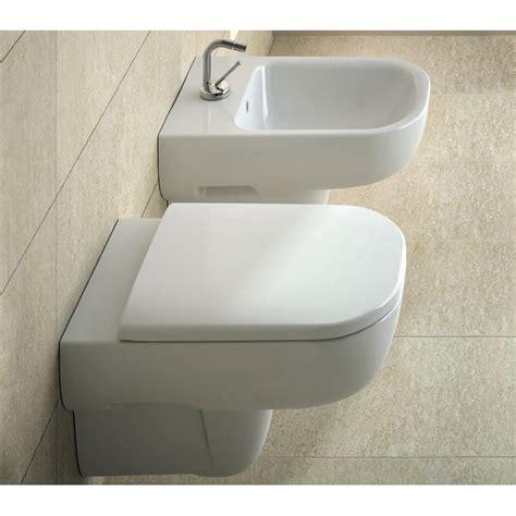 vaso pozzi ginori pozzi ginori sanitari sospesi raggio con sedile wc