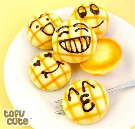 Squishy Toast Emoticon Mini Squishy Roti Emoticon Mini 81 best kawaii squishies images on kawaii
