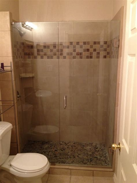Showers Ideas Small Bathrooms Frameless Shower Vs U Channel The Glass Shoppe Comparing Door Options Loversiq