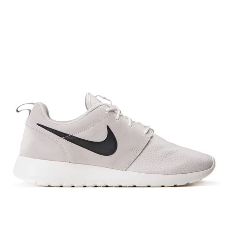 nike roshe run suede light ash grey black summit