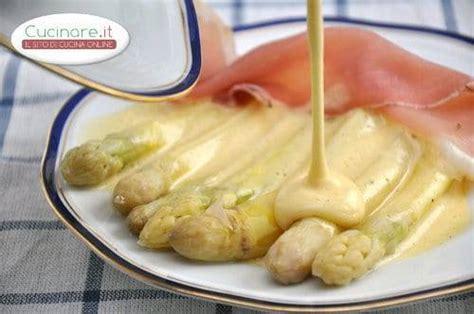 asparagi bianchi come cucinarli asparagi bianchi alla veneta cucinare it