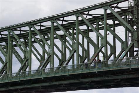 Construction En Treillis by Ponts En Poutre En Treillis De K Structurae