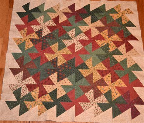 Tessellation Quilt by Tessellating Pinwheel Quilt