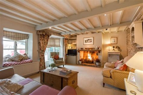 Modern Country Style The Old Country Sweet Shop Cotswold Country Cottages Interiors