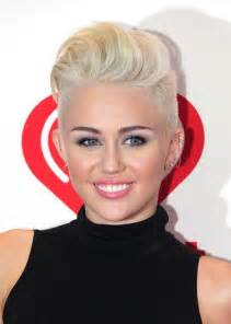 how to style miley cyrus hairstyle 80 best celebrity short hairstyles for 2017 short
