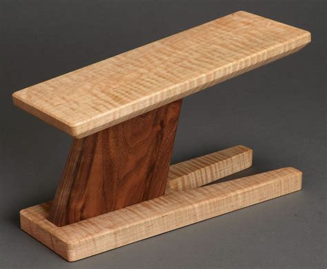 Guitar Foot Stool Wood by Take A Stand Classical Guitar Footstool Curly Maple And