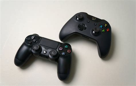 ps4 vs xbox one thorough controller comparison