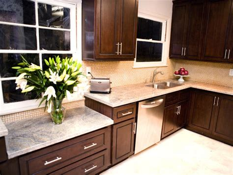 colors for kitchens with dark cabinets best kitchen colors with dark cabinets smart home kitchen